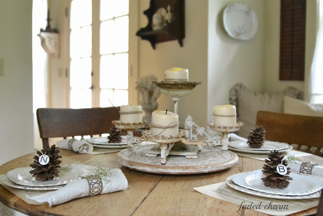 Pinecone Placecards 18