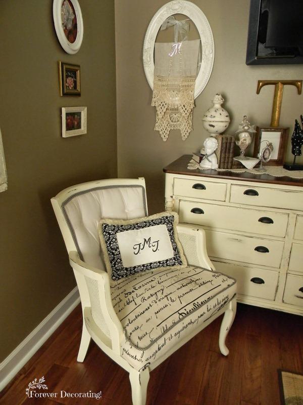 Masterbedroomchair1a