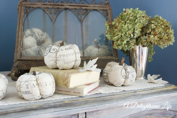 fabric-pumpkin-vignette-with-books-dried-hydrangeas-a-delightsome-life