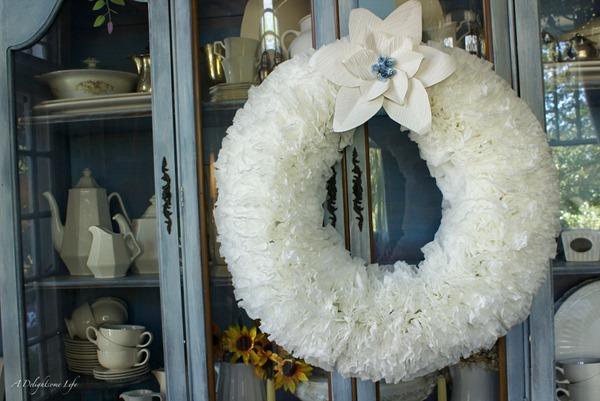 Coffee-Filter-Wreath-Tutorial-9