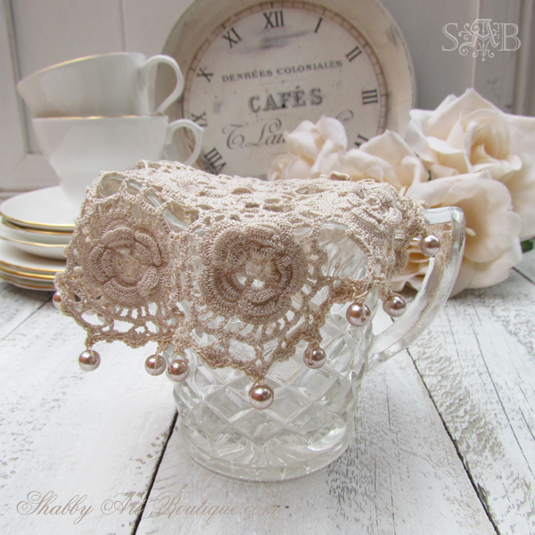 Shabby Art Boutique - milk jug cover