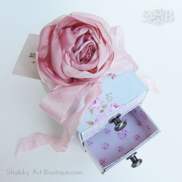 How to make a sweet, shabby 3 drawer gift box tutorial