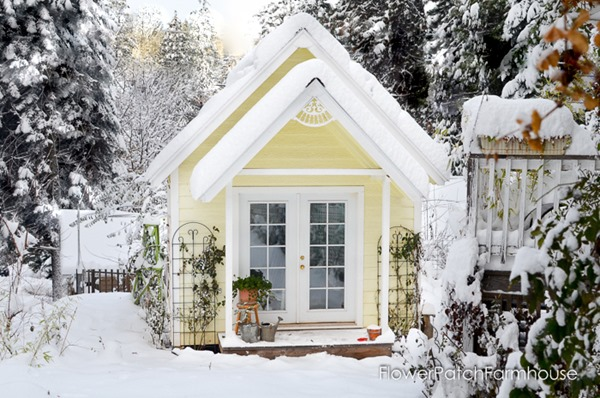 December-garden-FlowerPatchFarmhouse.com-4-of-6