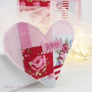 DIY ~ Faux Patchwork Shabby Valentine Heart