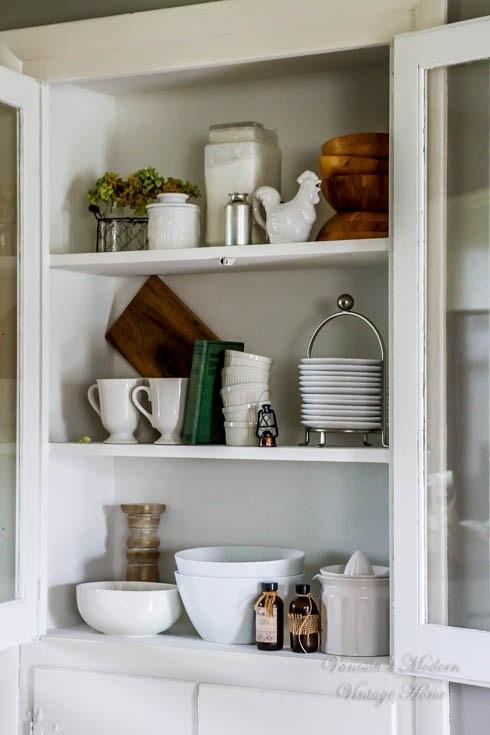 kitchen-built-in-cabinet-21