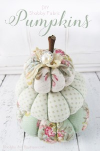 DIY– Shabby Fabric Pumpkins