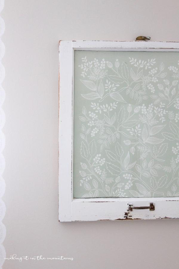 chippy-window-dry-erase-board(pp_w670_h1005)