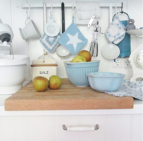 Pretty kitchen styling from Anke of lelofee - featured on home tour on Shabbilicious Sunday at Shabby Art Boutique