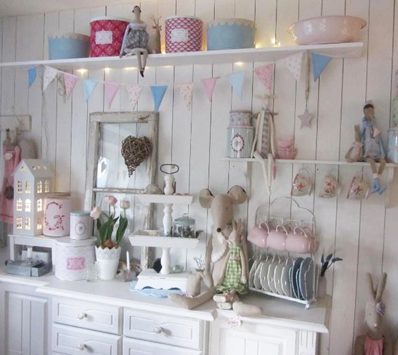 This is the sweet cottage kitchen of Anke from Instagram account  - lelofee - featured as a home tour for Shabbilicious Sunday at Shabby Art Boutique