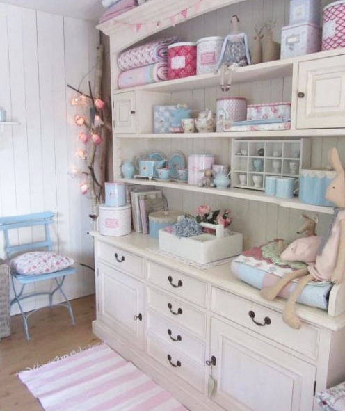 Home of Anke from lelofee - featured home tour on Shabbilicious Sunday at Shabby Art Boutique