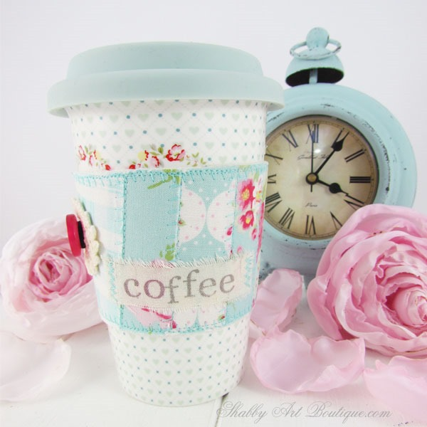 Shabby Art Boutique - faux patchwork mug cosy close-up-front
