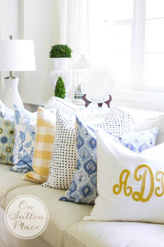diy-budget-decorating-with-pillows