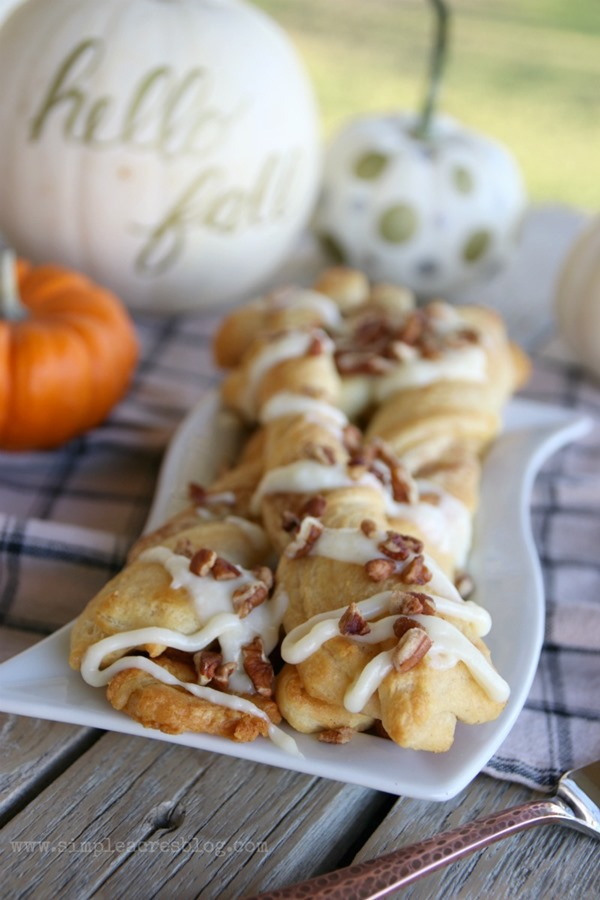 fall-pumpkin-pecan-twists-with-cream-cheese-frosting