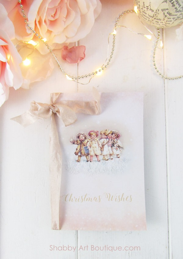 Sweet vintage Christmas Wish List folder to hold all your shopping lists. Click to download free printable from Shabby Art Boutique.