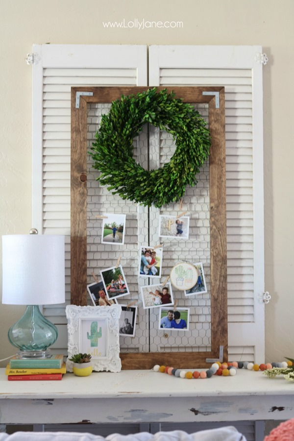 wood-frame-chickenwire-picture-display