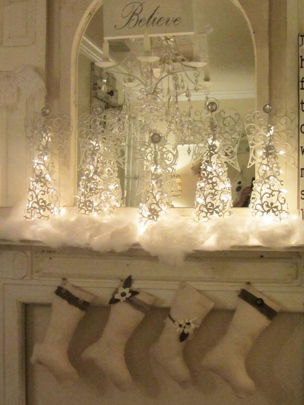 Shabbilicious Sunday A Christmas Mantel Shabby Art Boutique