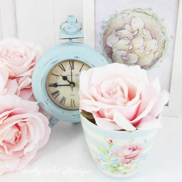Spring decor at Shabby Art Boutique