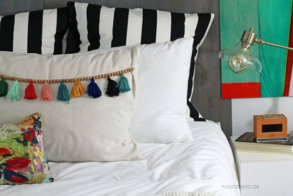 Boho-Master-Bedroom-Tassel-Trim-Pillows-02