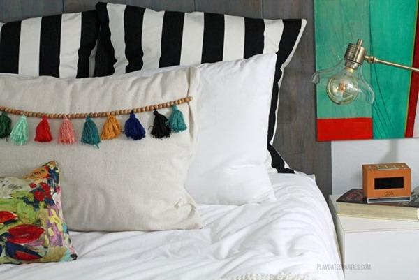 Boho-Master-Bedroom-Tassel-Trim-Pillows-02