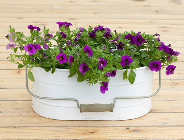 farmhouse-garden-planters-03