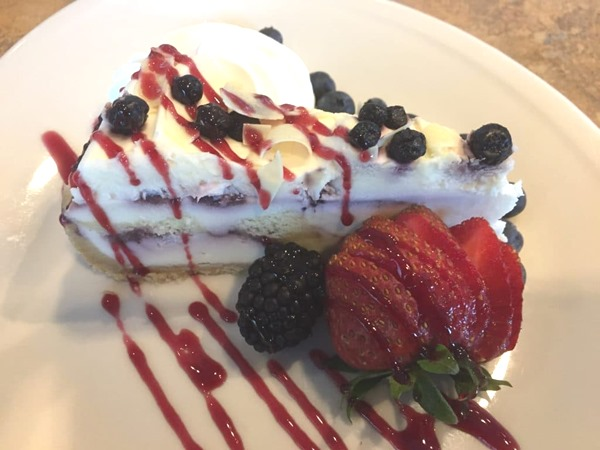 blueberry-lemon-cake-cheesecake-feature