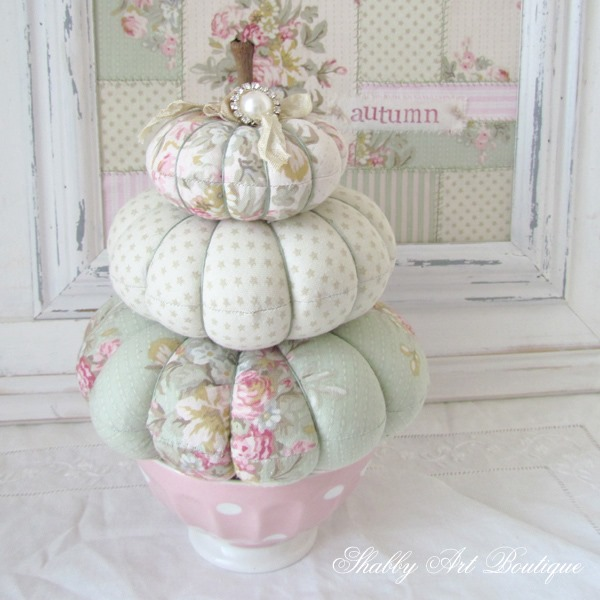 Fall pumpkin trio tutorial from Shabby Art Boutique