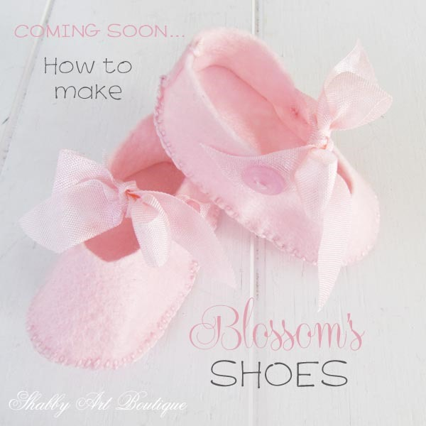 How to make Blossoms shoes - full pattern and tutorial on Shabby Art Boutique