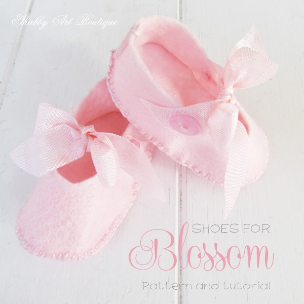 Pattern and tutorial for making Mary-Jane shoes for Blossom at Shabby Art Booutique
