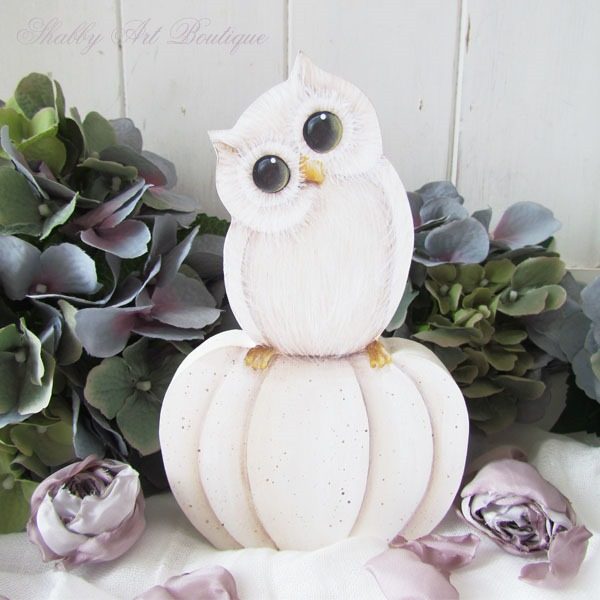 Tutorial for painting fall oowls and pumpkins by Shabby Art Boutique