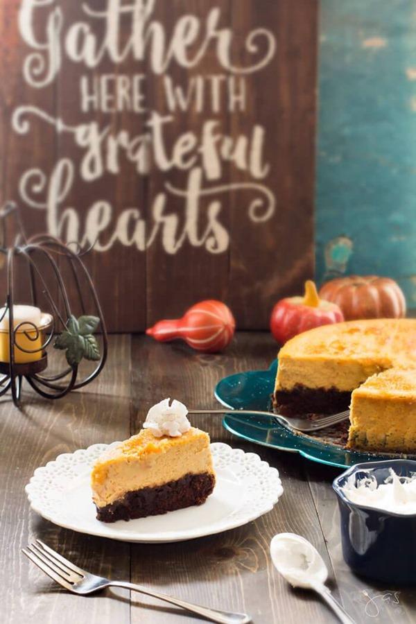Creme-Brulee-Brownie-Pumpkin-Cheesecake6