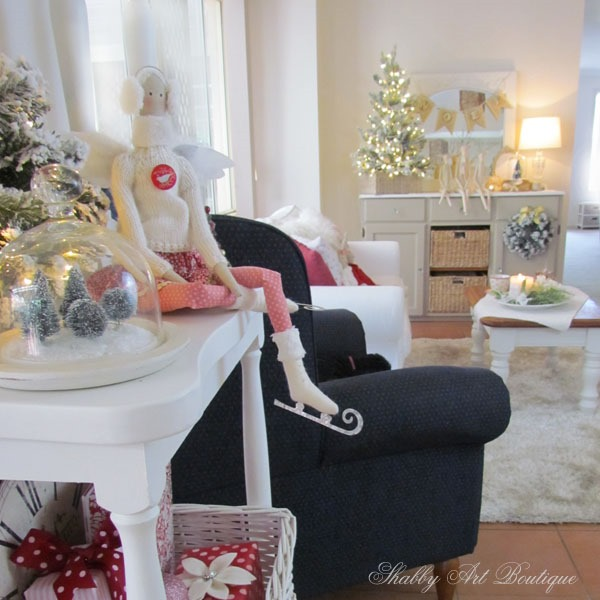 Putting the handmade back into the holidays at Shabby Art Boutique - sitting room
