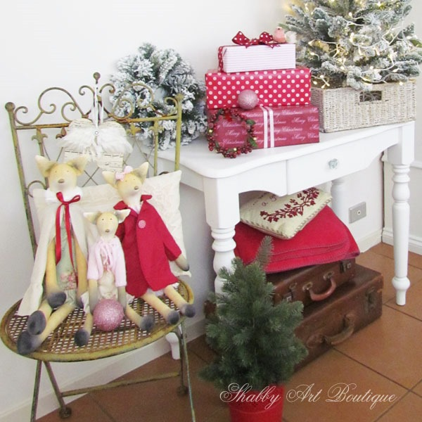 Putting the homemade back into the holidays at Shabby Art Boutique - Tilda Foxie Ladies