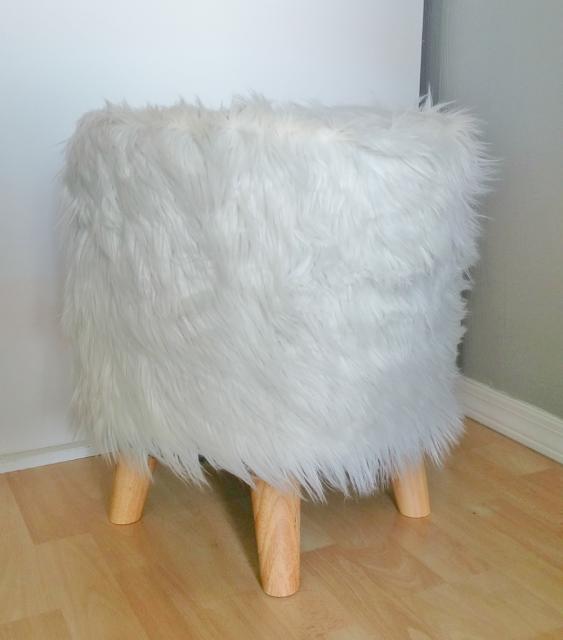 faux fur footstool29