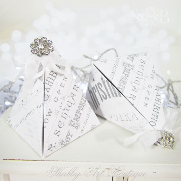 How to make a pyramid gift box for Christmas - tutorial and pattern download at Shabby Art Boutique