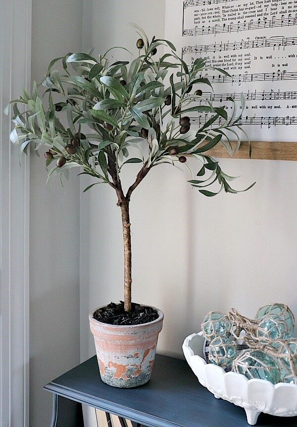 Easy-DIY-Faux-Olive-Topiary-7