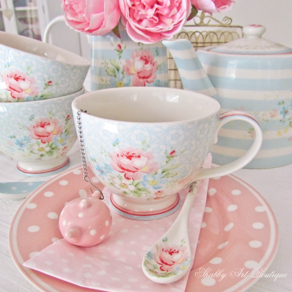 Let's have tea in greengate cups at Shabby Art Boutique