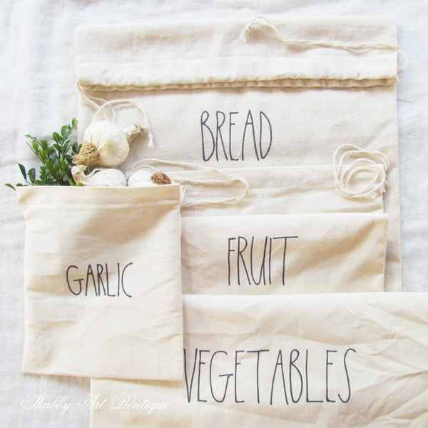 DIY Farmers market produce bags with Rae Dunn inspired words by Shabby Art Boutique