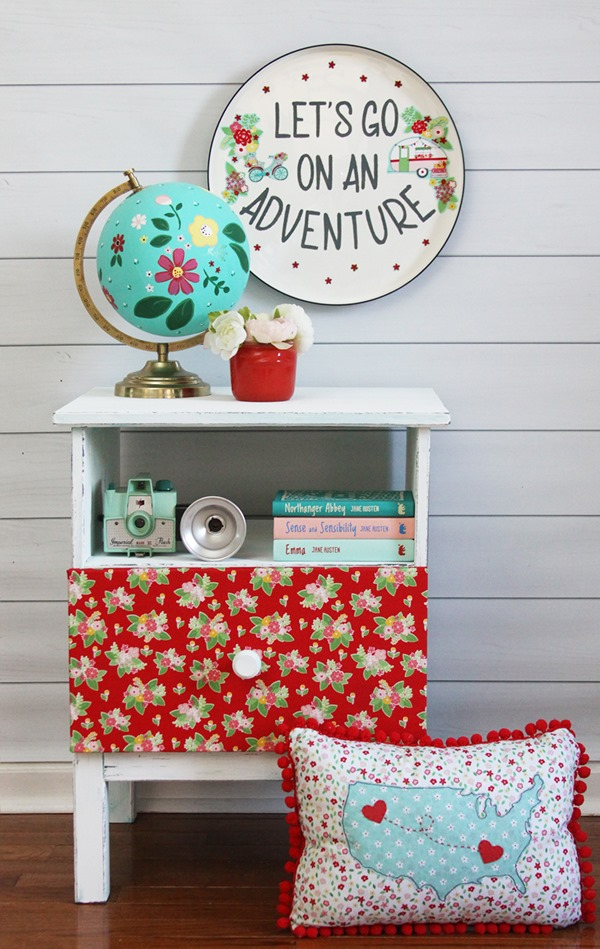 Vintage-Adventure-Nightstand-and-Sign