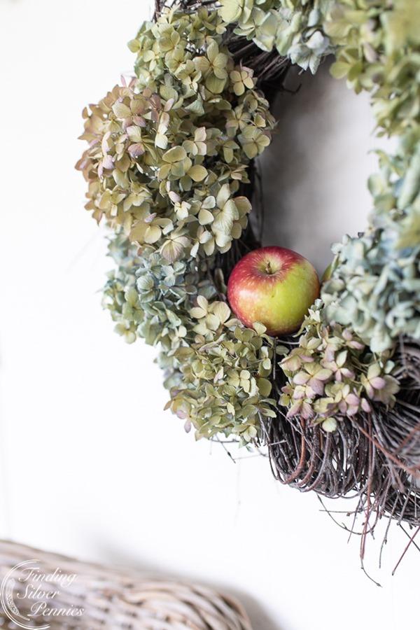Dried-Hydrangea-Wreath2