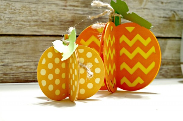 Paper-Pumpkins-Made-with-Cricut