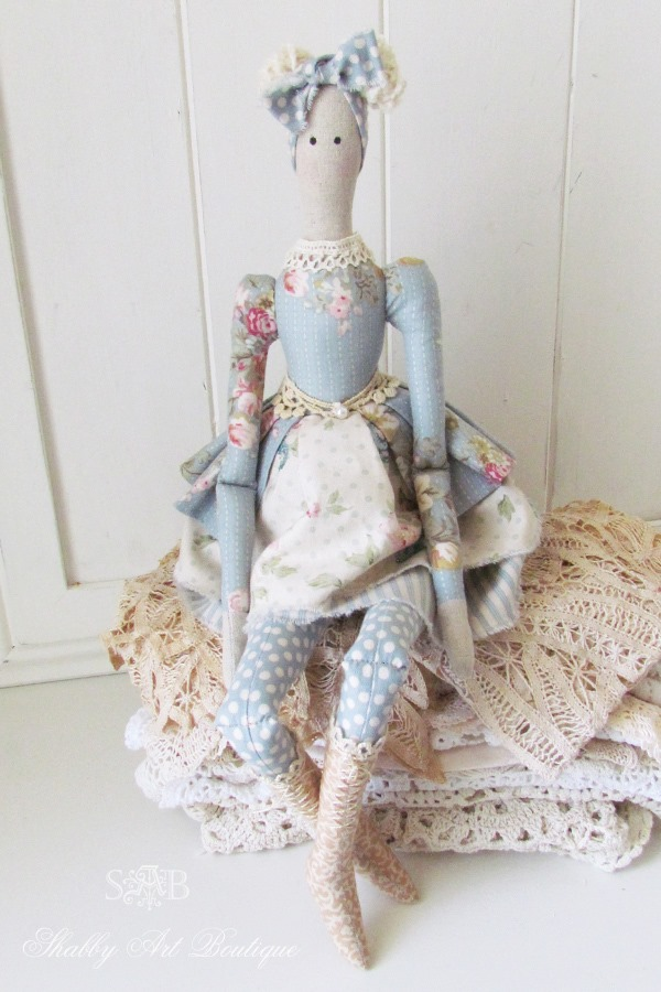 Pretty Autumn Tilda Doll from Shabby Art Boutique