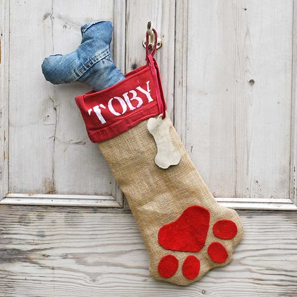 finished-dog-Chrismas-stocking-sq2-s
