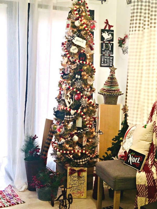 Christmas-Tree-Corner