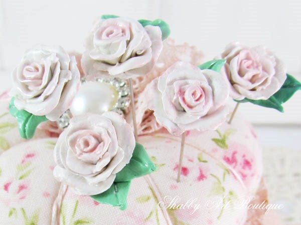 How I made my decorative pin toppers for my pincushion - a tutorial by Shabby Art Boutique