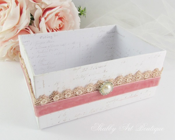 How to make beautiful ribbon storage for your craft room by Shabby Art Boutique