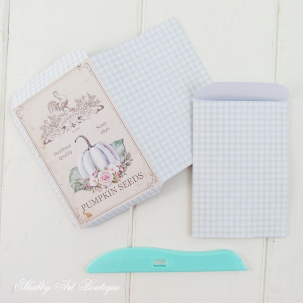 Making a printable seed packet by Shabby Art Boutique