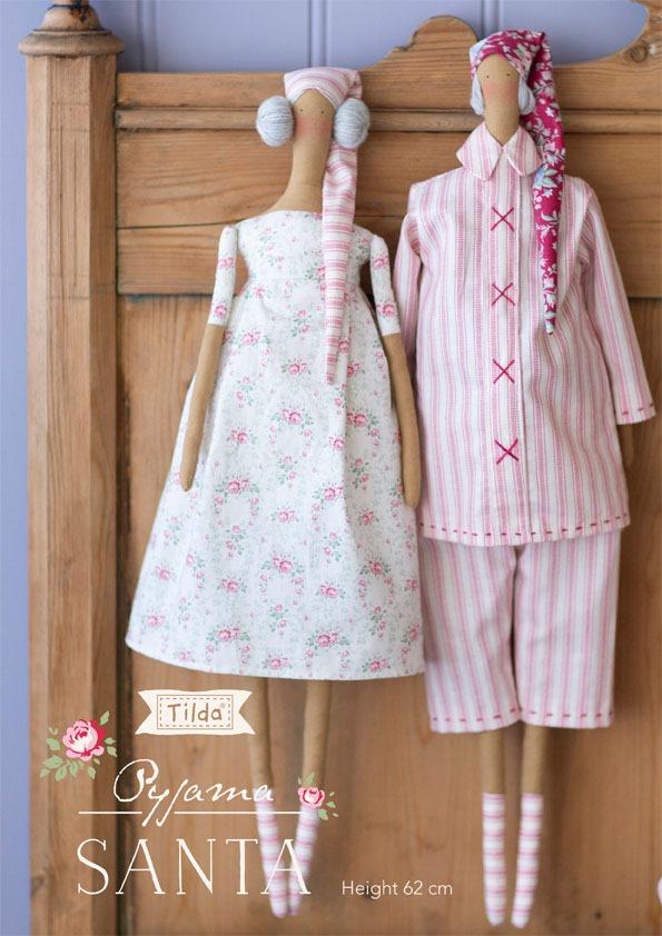 Free pattern for this gorgeous Tilda PyjamaSanta