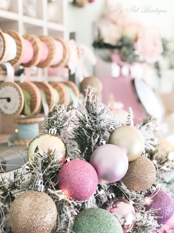 Christmas in the Shabby Art Boutique craft room - a pretty pastel coloured garland