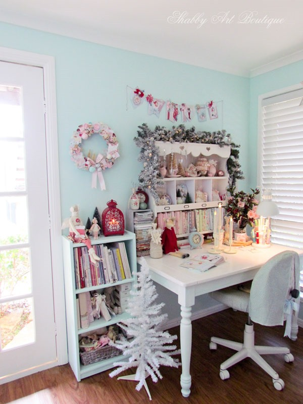 Christmas in the Shabby Art Boutique craft room - the sewing corner