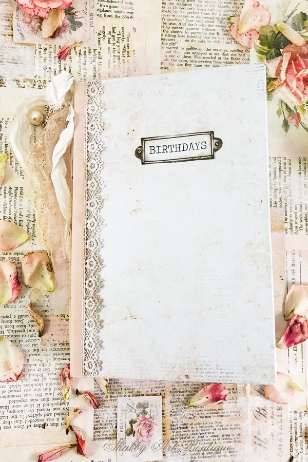 A sweet printable vintage birthday calendar book by Shabby Art Boutique - cover